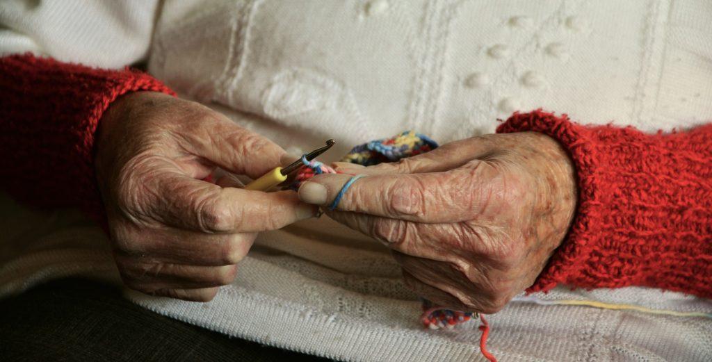 starość ,geriatria, opieka nad starymi ludźmi